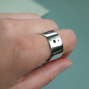 pierced ring