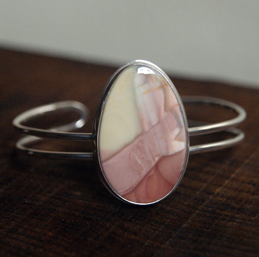 Breaking Dawn Cuff