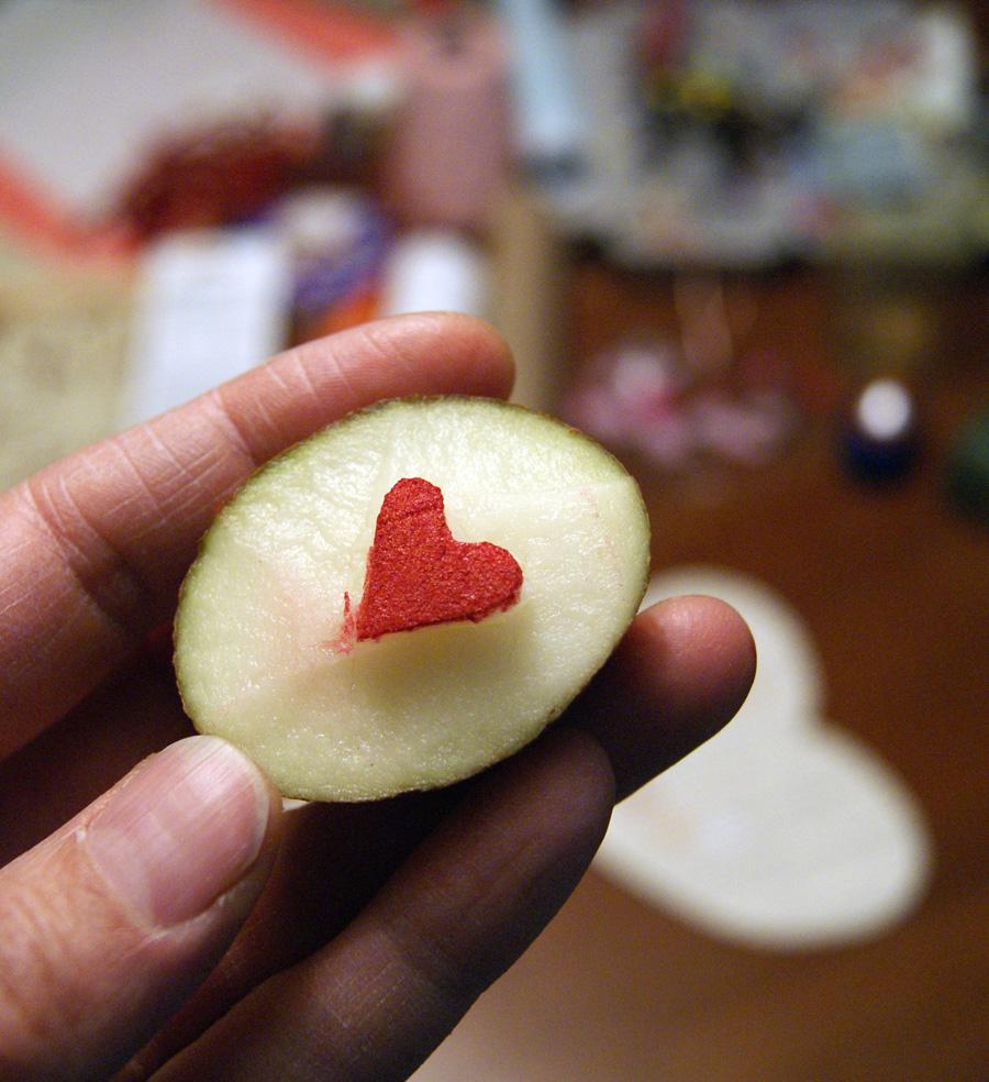 potato stamp heart